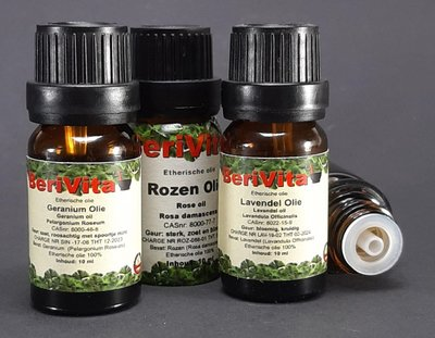 Bloemen Etherische Olie Set - Rozenolie 10ml, Geraniumolie 10ml en Lavendelolie 10ml - Essentiële Olie Set
