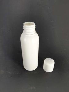 lege plastic fles 100ml